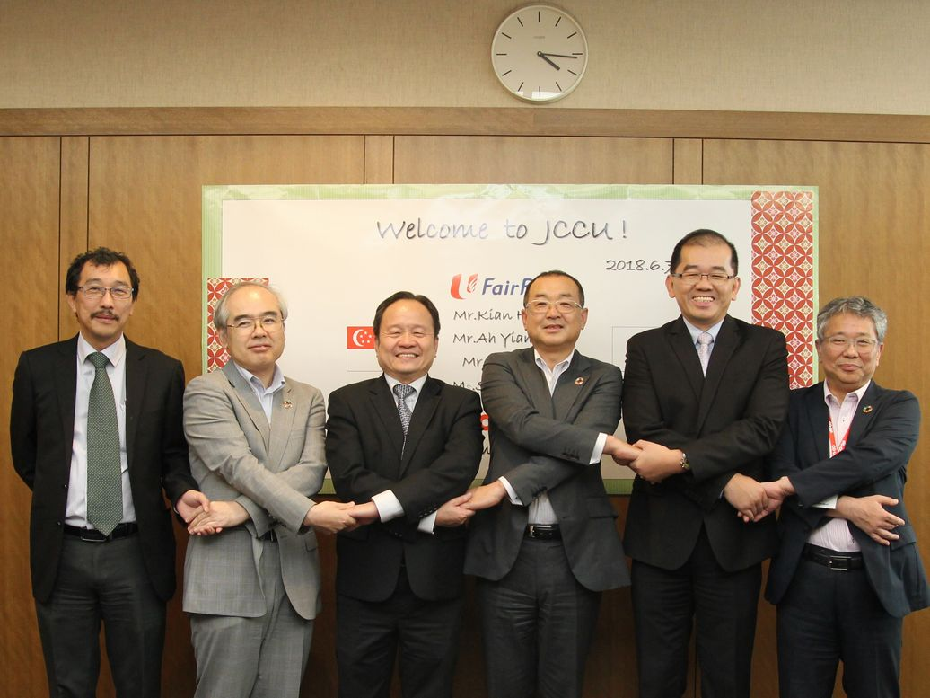 Deputy CEOs from NTUC FairPrice Singapore visited JCCU