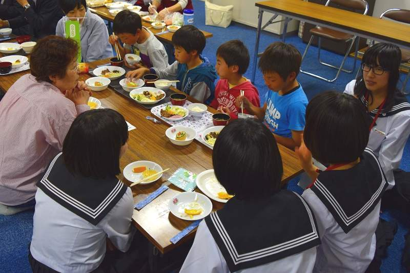 Children's cafeteria being held by co-op nationwide